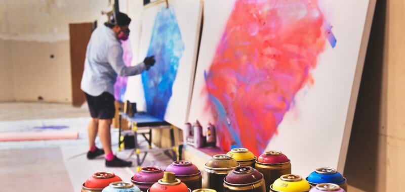 Survey on foreign-born artists' and arts and culture professionals' employment and work in arts and culture in Finland